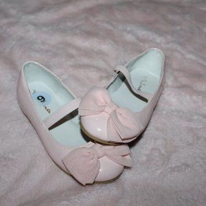 girls nina size 9T light pink dress shoes with bow